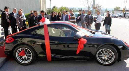 Ankara Alisveris Festivalinde araba kazandi