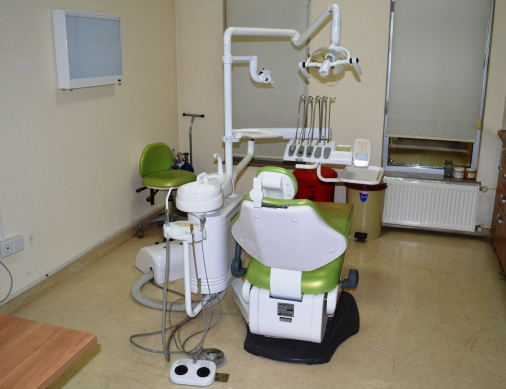 Diş Merkezi Açılmayı Bekliyor