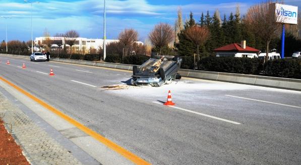 Çubuk'ta 2 Araç Takla Attı 8 Yaralı
