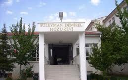 Süleyman Demirel Huzurevi Hizmet Veremez Durumda