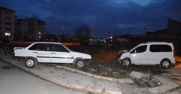 cubuk trafik kazasi 4 yarali