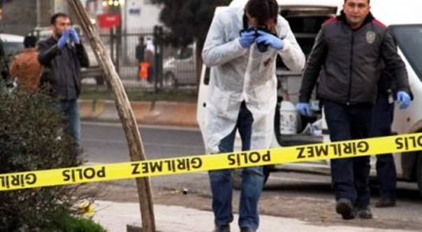 Otobüs ile Dolmuş Şoförü Silahlı Kavga Etti: 1 Ölü