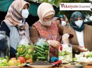 Emine Erdoğan hanımlar ile turşu kurdu